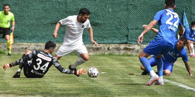 SARIYER PLAYOFF'U SON HAFTAYA BIRAKTI 0-0